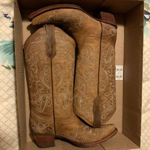 In great condition Circle G cowgirl boots